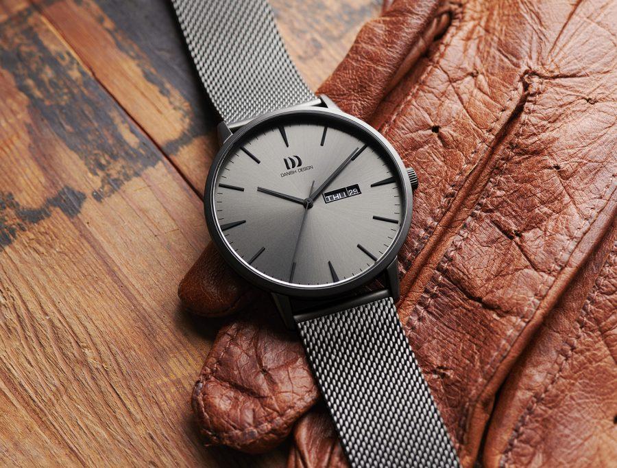 11_10_Danish-Design_Akilia-day-date-Gray_IQ66Q1267_Social-e1613661101457